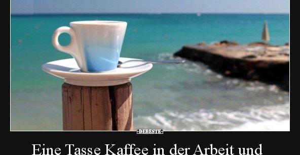 Eine Tasse Kaffee in der Arbeit und eine Tasse Kaffee am ...