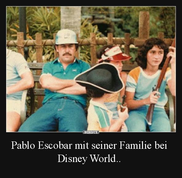 Pablo Escobar Mit Seiner Familie Bei Disney World