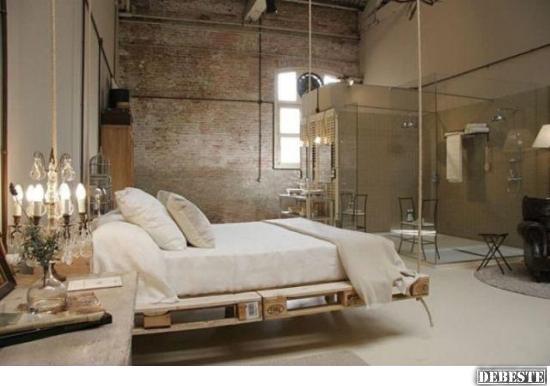 Schwebendes Bett aus Europaletten | Lustige Bilder, Sprüche ...