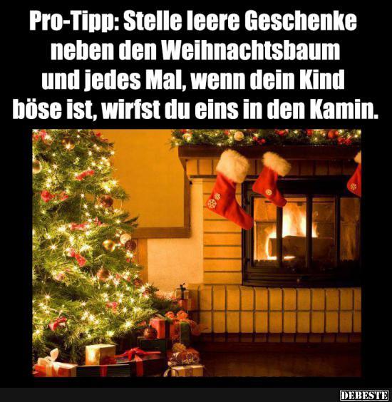Lustige Tannenbaum Sprüche.Pro Tipp Stelle Leere Geschenke Neben Den Weihnachtsbaum